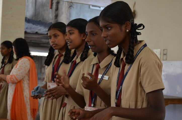 Current ALF students Joba, Vanitha, Sweety and Menaga encourage 8th standard girls to apply
